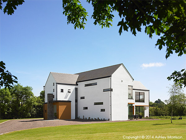 Fiona & Brian Shiells' architectural new build near Dungannon in County Tyrone